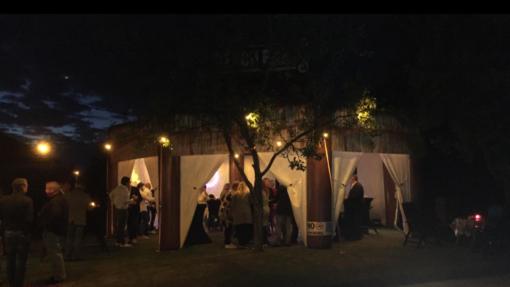 The Beach Bar, opblaasbare feesttent, partytent, thema tent huren of kopen bij WE-inflate
