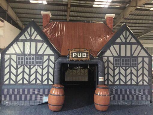 De Ierse Pub, opblaasbare feesttent, partytent, thema tent huren of kopen bij WE-inflate