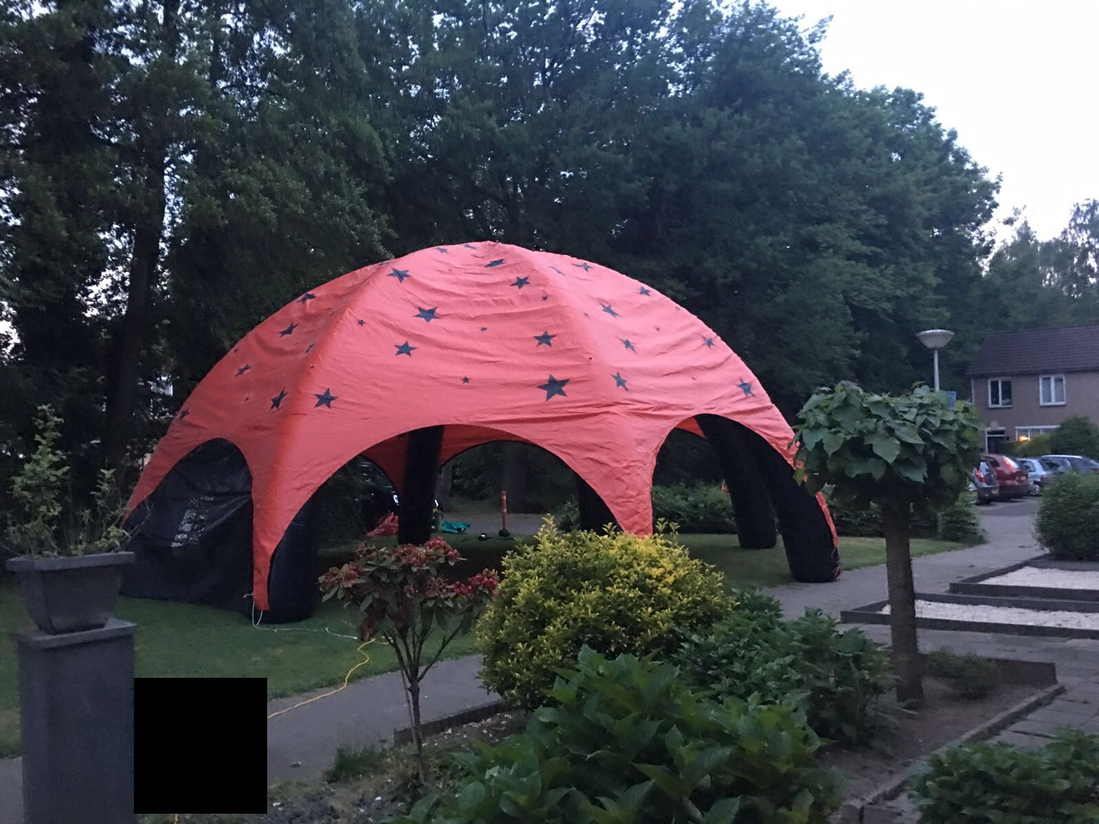 Dome, opblaasbare feesttent, party tent, thema tent huren of kopen bij WE-inflate