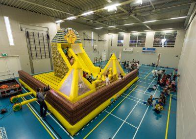 Huur het springkussen de piramide van Egypte bij WE-inflate 2