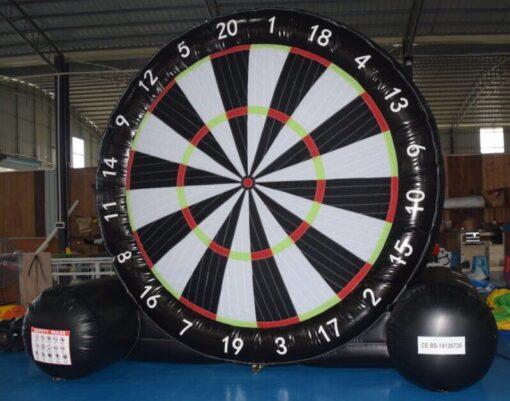 """Dartbord, het """"voetbal""""-Dartbord voor een sportief evenement."""