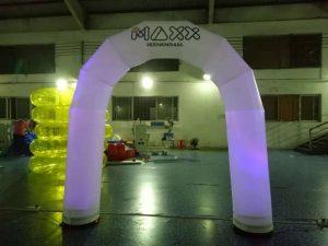 opblaasbare felicitatieboog met led verlichting te koop bij WE-inflate te Enschede