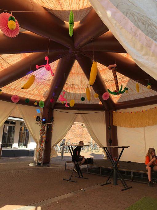 Beach Bar, partytent te huur bij WE-inflate te Enschede