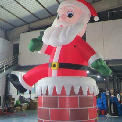 opblaasbare kerstman te koop bij WE-inflate te Enschede3