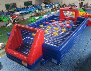 Menselijke voetbaltafel ontworpen door WE-inflate en vanaf nu te koop bij WE-inflate te Enschede 3