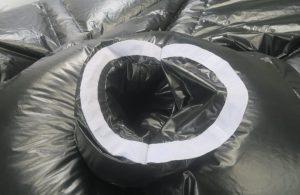 Smoking Kitchen opblaasbare tent met afsluitbare schoorsteen om in te koken, maatwerk van WE-inflate 6